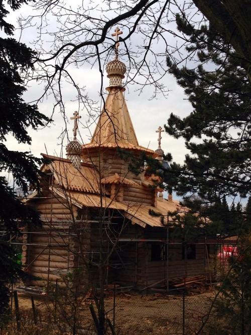 Holzkirche-768x1024