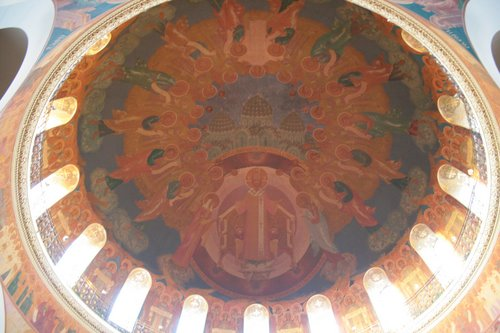Новодевичий монастырь. Купол храма.