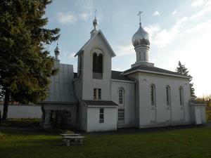 Храм св. прав. Иоанна Кронштадтского в Ютике